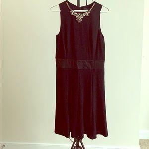 Ralph Lauren Jewel 💎 neckline sleeveless dress